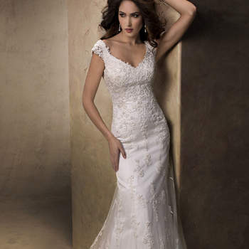 """<a href=""""http://www.maggiesottero.com/dress.aspx?style=13633"""" target=""""_blank"""">Maggie Sottero Platinum 2015</a>"""