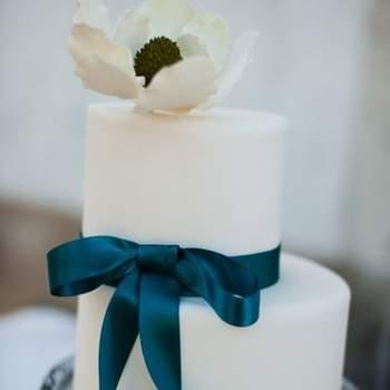 Inspiração para bolos de casamento simples e clássicos | Créditos: Cake Chic Portugal