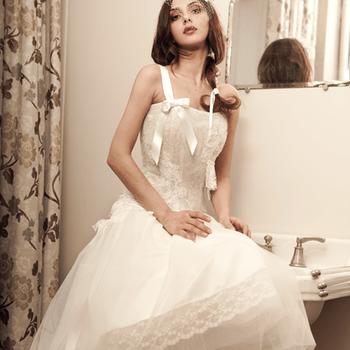 Robe de mariée Elsa Gary 2013, modèle Arlety. Photo: Elsa Gary