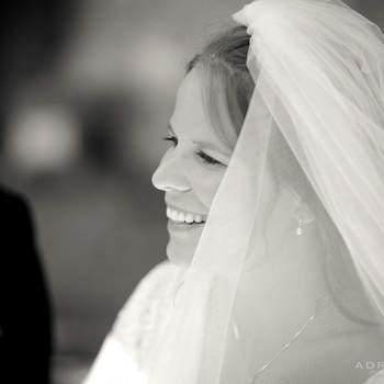 Lindos véus de noiva.