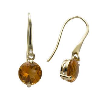 Si quieres deslumbrar a todos con tus pendientes nada mejor que este conjunto de oro amarillo, diamantes y citrinos. Foto: Chancejoyas. http://www.chancejoyas.com