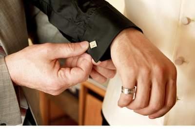 Manschettenknöpfe für den Bräutigam