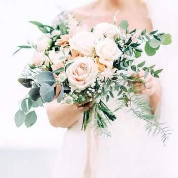 Elegantes e delicadas, as rosas são perfeitas para noivas românticas | Créditos:  Garten Motto