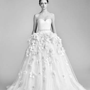 Flowerbomb Bloom Gown. Credits: Viktor and Rolf.