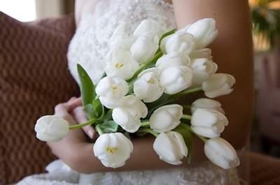 35 ideas para decorar tu boda con tulipanes: Las flores jamás habían sido tan preciosas para tu gran día