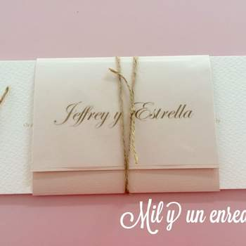 """Foto: <a href=""""https://www.zankyou.es/f/mil-y-un-enredos-invitaciones-464576"""">Mil y un enredos</a>"""