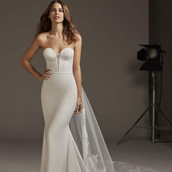 Antares, Cruise Collection Pronovias 2020
