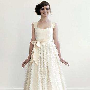 Un abito di Elizabeth Dye.  (Foto: http://www.etsy.com/listing/83487978/teablush-wedding-gown)