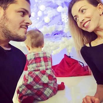 Mickael Carreira e Laura Figueiredo foram pais de uma menina, Beatriz, que nasceu a 23 de março. Trata-se da primeira filha do casal e a primeira neta de Tony Carreira. Foto Instagram Mickael Carreira
