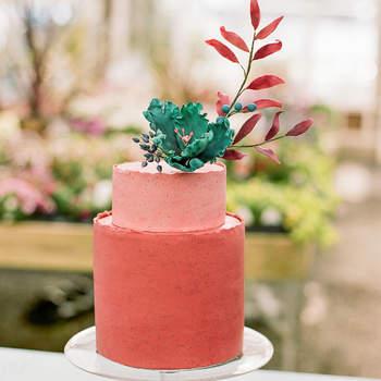Inspiração para bolos de casamento modernos | Créditos: The Ganeys