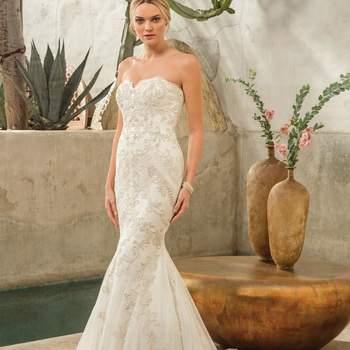 Style 2298 Dakota. Credits: Casablanca Bridal