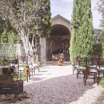 San Pietro Sopra le Acque: Una cerimonia intima e romantica in uno degli angoli più suggestivi del giardino.