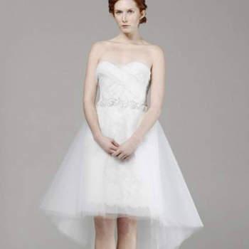 """Vestido de noiva curto, da colecção Marchesa Primavera 2013.Foto: <a href=""""http://zankyou.9nl.de/jr6r"""" target=""""_blank"""">Pronovias 2014</a>"""