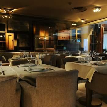 """Espaço especiais para celebrar o seu casamento: <a href=""""https://www.zankyou.pt/f/restaurante-memorial-511819""""> Restaurante Memorial</a> - Porto: Leça da Palmeira"""