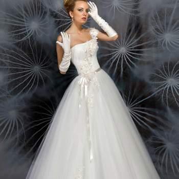 Robe de mariée Oksana Mukha 2013, modèle Estelle