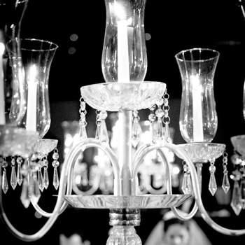 Detalhe da decoração de um casamento árabe com os noivos ao fundo, realizado dia 25/01/2012 no Rosa Rosarum. Noivos: Omar e a Yasmin.