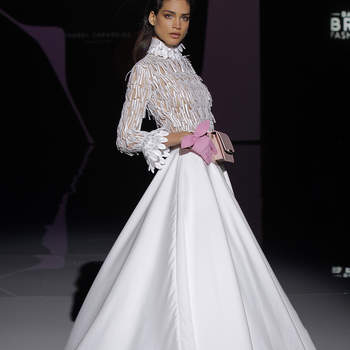 Isabel Zapardiez. Credits_ Barcelona Bridal Fashion week(1)