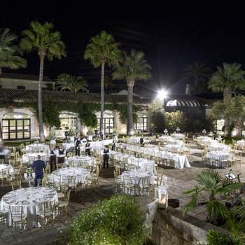 Villa Criscione: Un romantico ricevimento tra giardini segreti e muretti, fontane scolpite in pietra bianca, viottoli e archi...cosa volere di più?