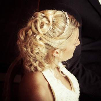 Pinned curls with beading