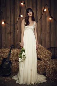 Vestidos de novia con pedrería 2017