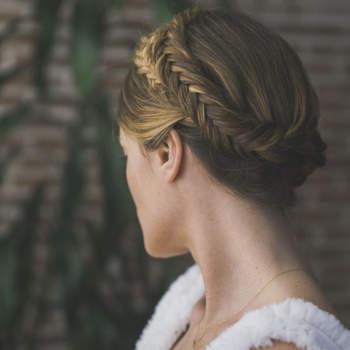 Corona trenzada by Marieta Hair Style. Credits: Estudio MJ