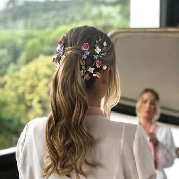 Penteado para noiva com rabo de cavalo alto   Foto: Sara Instyle