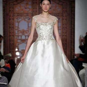 Os vestidos de noiva da coleção Outono 2013 de Reem Acra são ousados e super modernos. Perfeitos para noivas que querem fugir do tradicional. Inspire-se nos modelos.