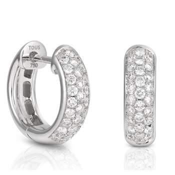 """Brincos """"Les Classiques"""" de ouro branco com diamantes.. Créditos: Tous"""