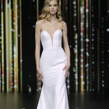 Pronovias. Credits_ Barcelona Bridal Fashion Week(2)