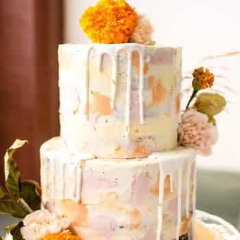 Drip Cakes: já ouviu falar? São bolos de casamento de darem água na boca! | Créditos: Cheers Babe Photo