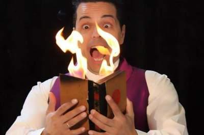 ¿Quieres una boda llena de magia? ¡Descubre el talento de Manu, el Mago!