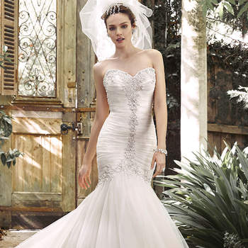 """<a href=""""http://www.maggiesottero.com/dress.aspx?style=5MD677"""" target=""""_blank"""">Maggie Sottero</a>"""