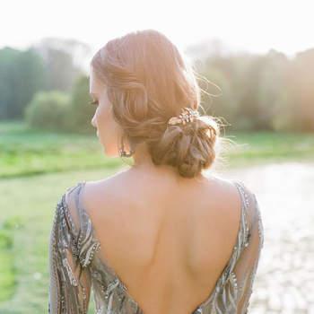 Cabelo de noiva preso   Credits: Peter and Veronika Photography