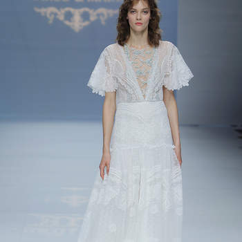 Marco & Maria. Credits: Barcelona Bridal Fashion Week.