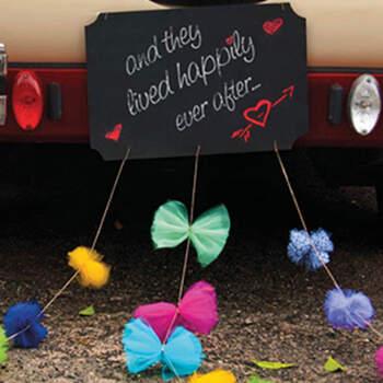 Pizarra con pompones para el coche - Compra en The Wedding Shop