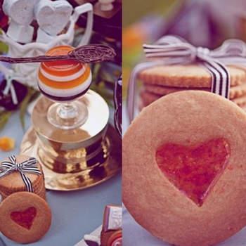 Des biscuits vintage, digne du conte Alice au Pays des Merveilles. Source : Style Me Pretty, Sarah Maren photography