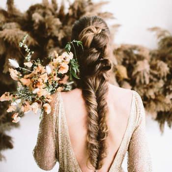 Penteado para noiva com trança espinha de peixe   Créditos: Alyssa McElheny Photography