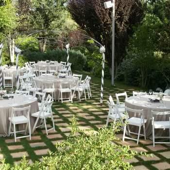 Foto: Sesoliveres | Un espacio moderno y romántico, al pie de la ermita de St. Jaume de Sesoliveres, en Igualada. Podréis celebrar una ceremonia civil o religiosa.