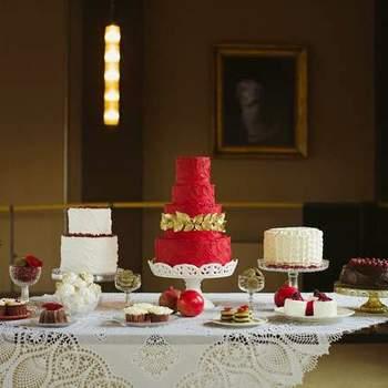 Credits: Sweets table: NanaeNana; CakesTable setting: Nella Longari home Francesca Longari; Photography: Cinzia Bruschini; Planning + design: Le Jour du Oui