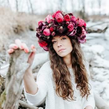 (Foto: David & Kathrin photography and film; Blumenkranz: Tabea Maria-Lisa Floral Designer)