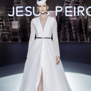 Créditos: Jesus Peiró   Barcelona Bridal Fashion Week