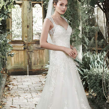 """<a href=""""http://www.maggiesottero.com/dress.aspx?style=5MC661"""" target=""""_blank"""">Maggie Sottero</a>"""