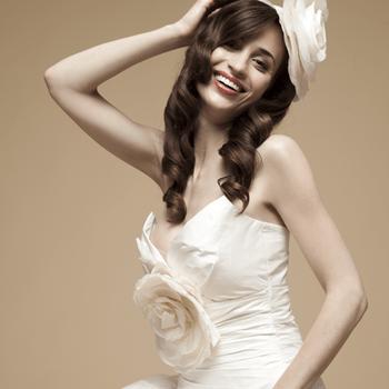 Robe de mariée Elsa Gary 2013, modèle Tourterelle. Photo: Elsa Gary.