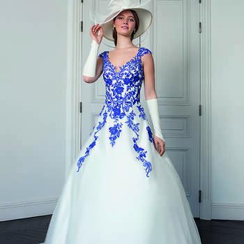 Photo : Les Mariées de Talia - Bella Créations, robe Solaine
