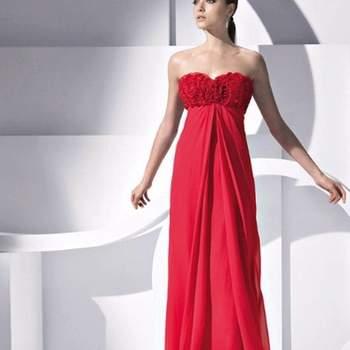 Vestido longo de festa vermelho. Pronovias.
