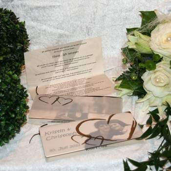 """Auch ein Foto vom zukünftigen Brautpaar macht sich gut auf der Einladung  <a href=""""http://www.cela-shop.de"""">http://www.cela-shop.de</a>"""
