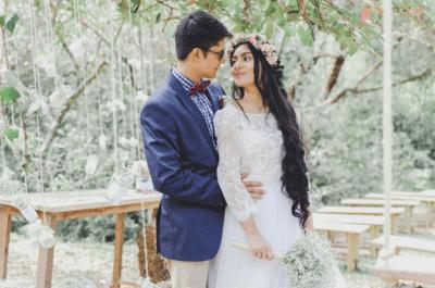 El auténtico matrimonio boho - chic de Caro y Lucas