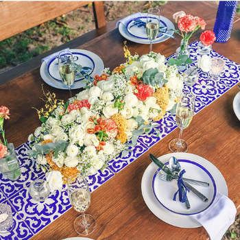 """Foto: <a href=""""https://www.zankyou.com.br/f/studio-lily-53426"""">Studio Lily - Decoração e Design Floral</a>"""