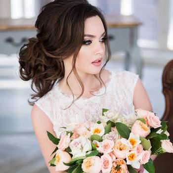 Свадебные букеты с розами: тенденции 2017