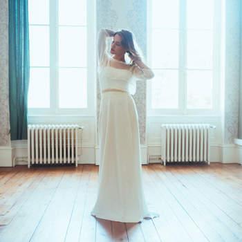 Robe de mariée chic et moderne modèle Marjorie - Crédit photo: Elsa Gary